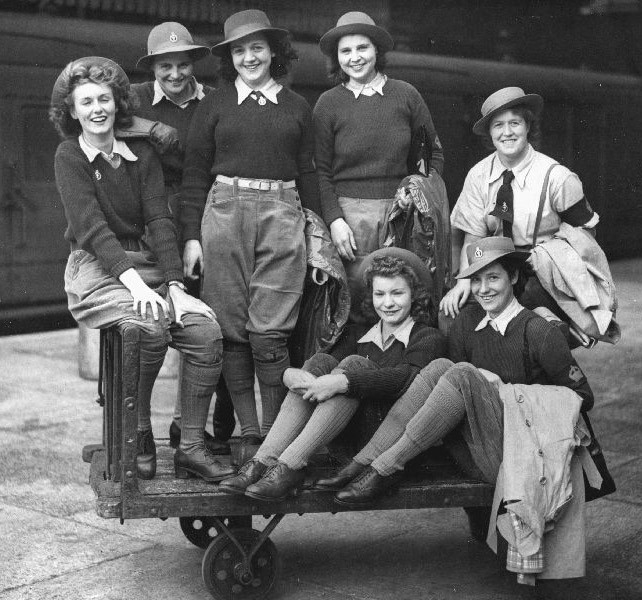 Land Girls 1940s