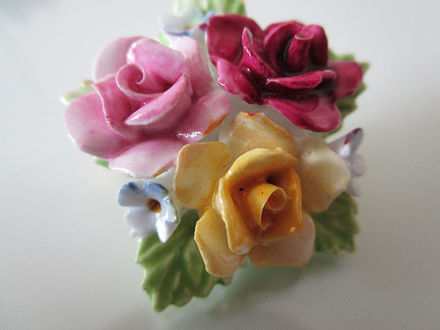 Vintage Ceramic Flower Brooch