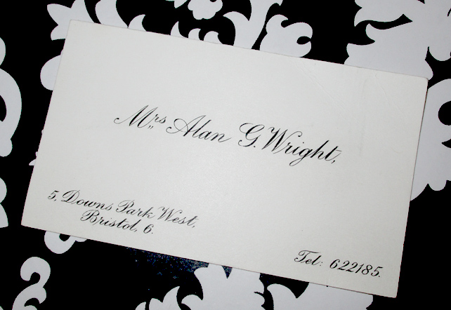 Mrs Alan G Wright Calling Card
