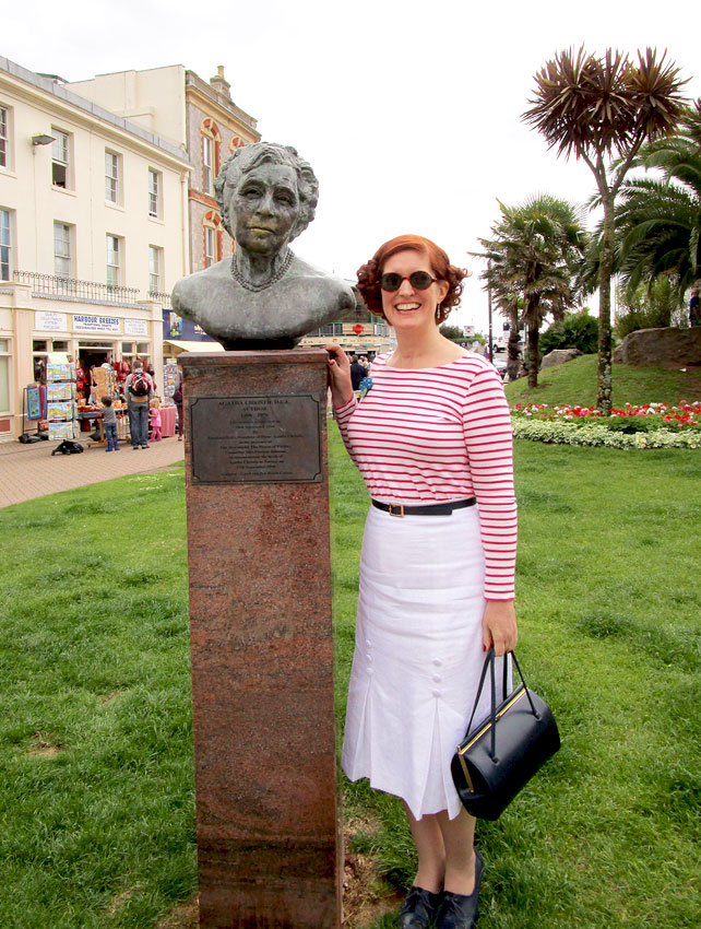 Agatha Christie bust