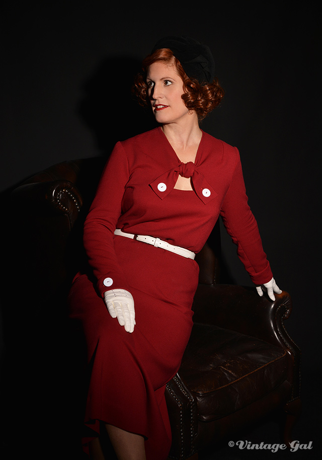 1930s burgundy wool crepe dress