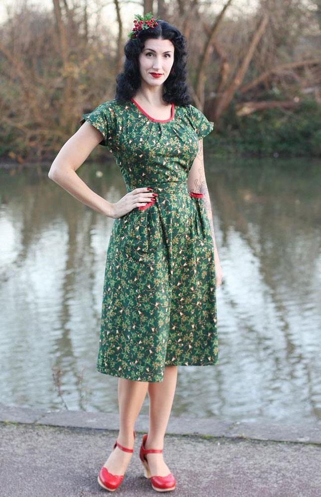 The Fleur wrap dress - Holly Berry