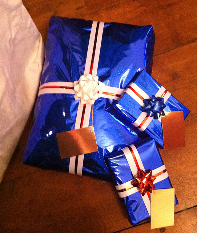 Red, White & Blue Gift Wrapping