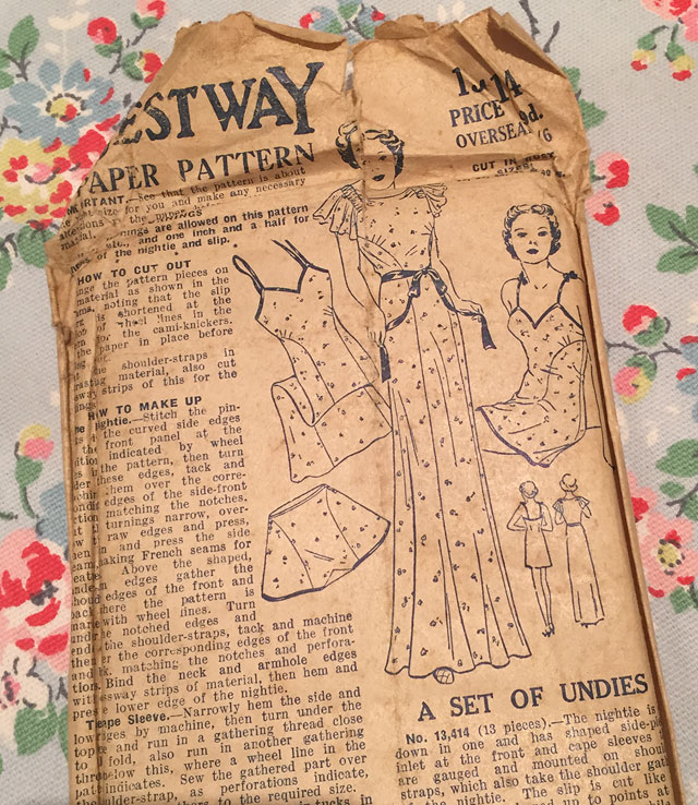 1930s lingerie set sewing pattern