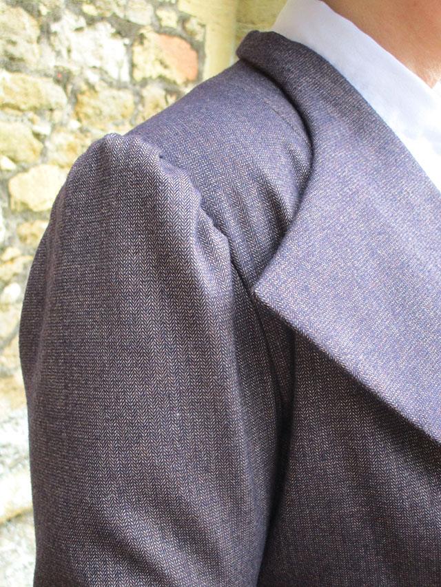 1930s puff sleeve