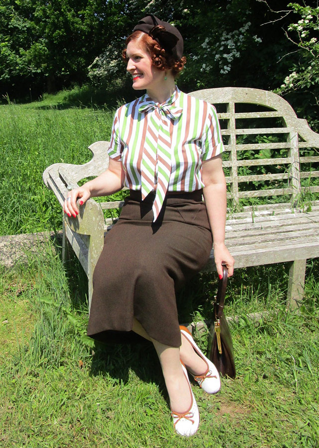 1930s brown and green outfit