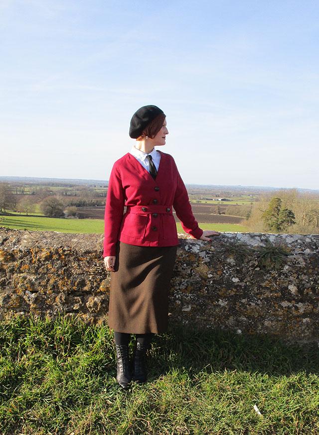 1920s cardigan in burgundy
