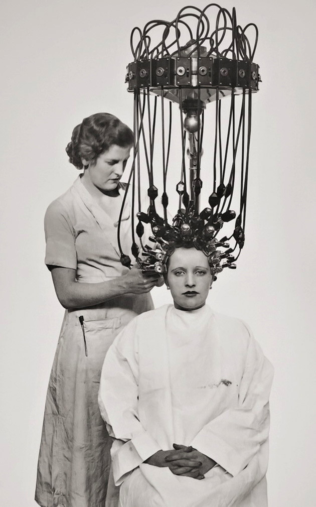 Gallia permanent hair waver, 1935