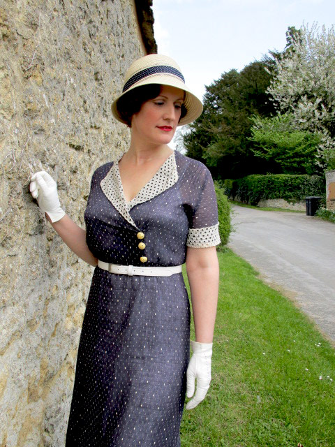 1930s vintage outfit
