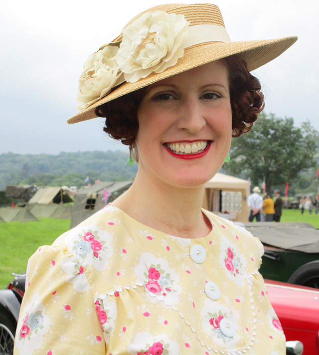 1930s straw hat & dress