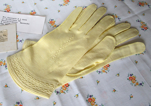 1930s lemon gloves