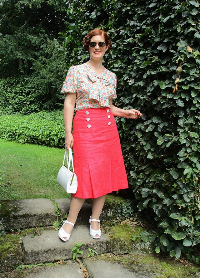 1930s coral outfit