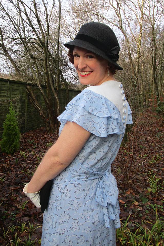 Blue & white 1930s dress