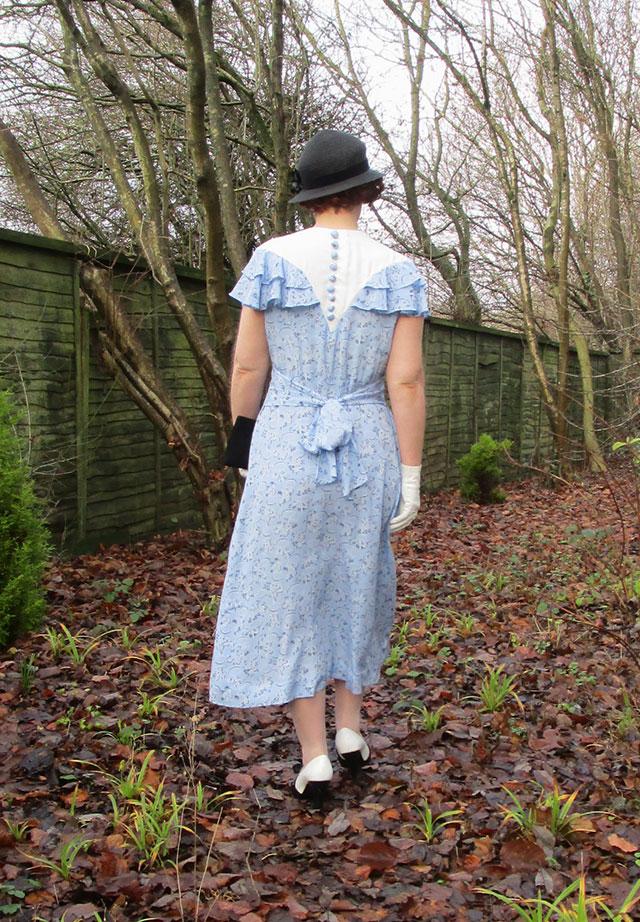 1930s dress back detail