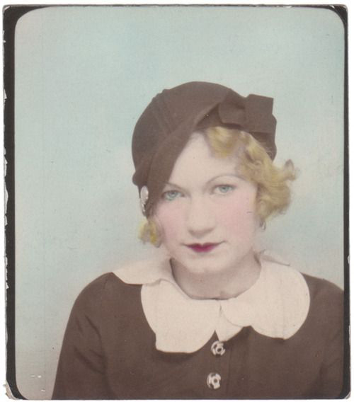 1930s photo booth lady