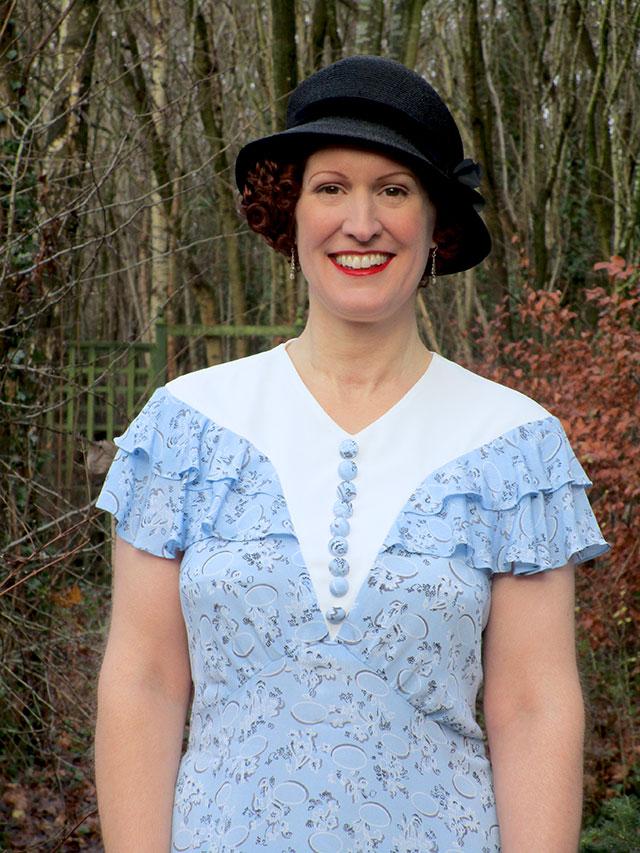 1930s ruffles dress
