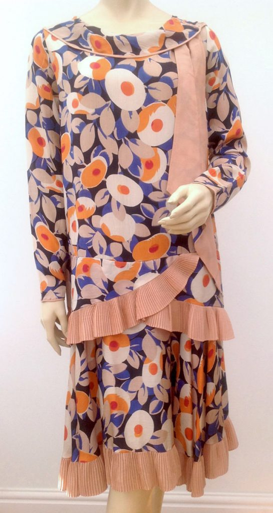 1920s colourful dress