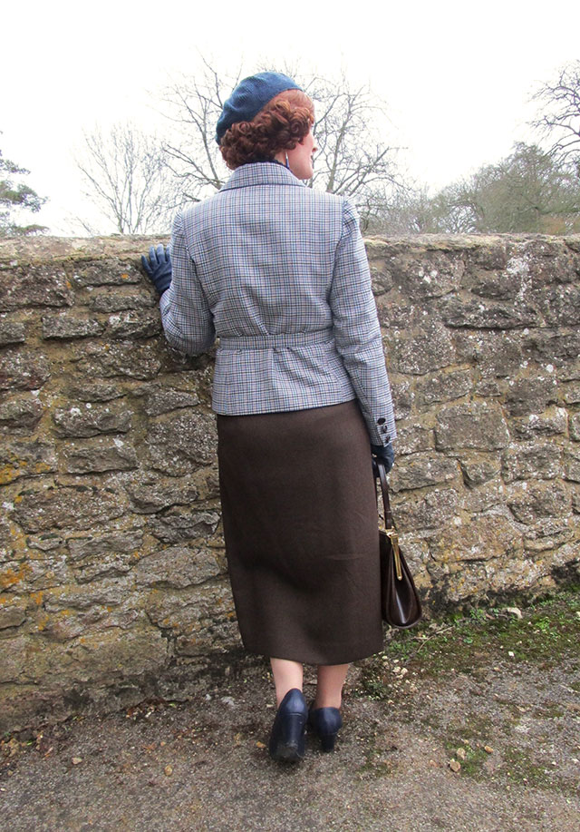 1930s winter outfit back