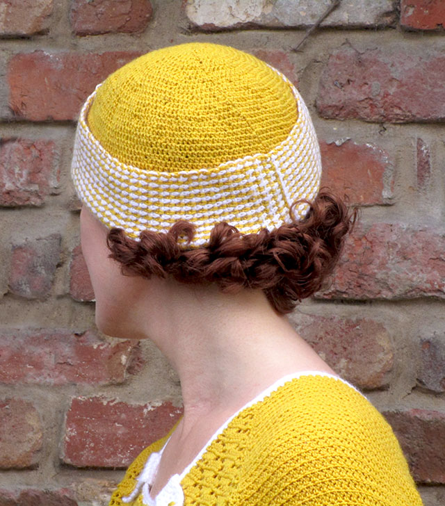 1930s crochet hat - back