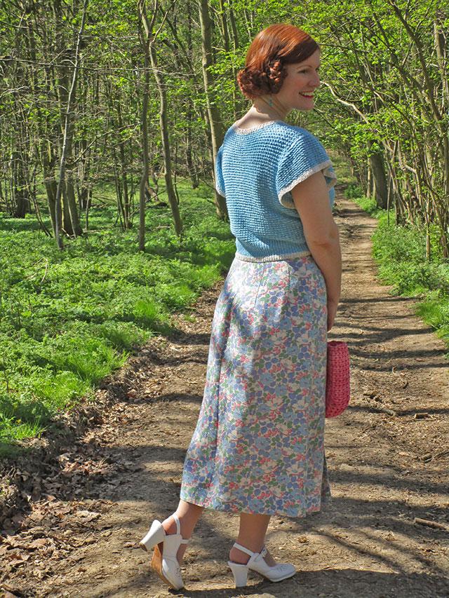 1930s feedsack skirt and jumper
