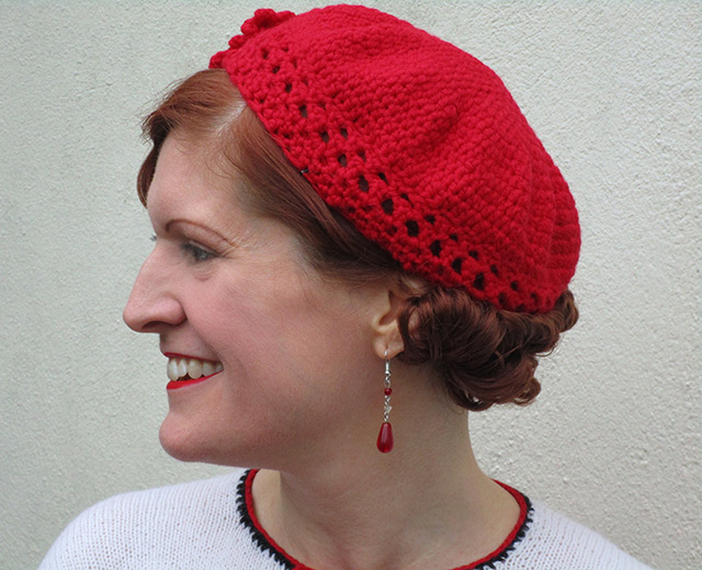 Easy 1930s red crochet beret - Joys In Stitches